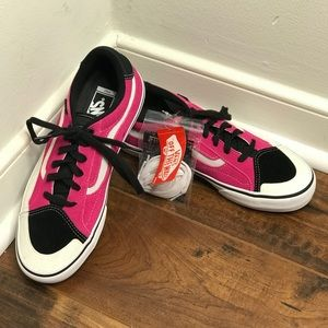 "NWT Vans 'TNT Advanced Prot"" Black/Pink/White Shoe"